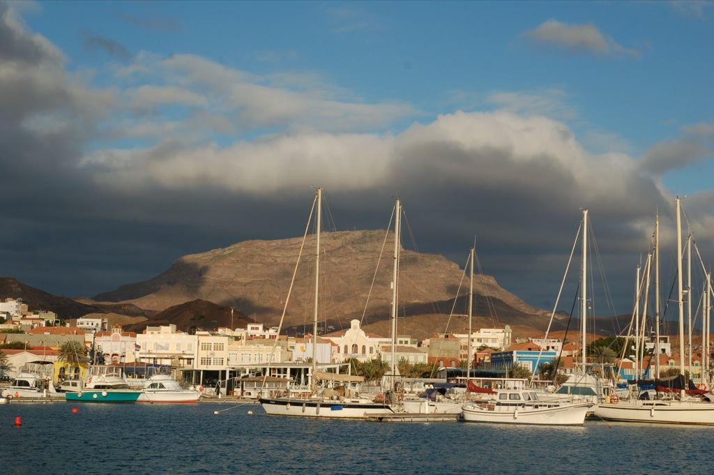 Die Marina in Mindelo